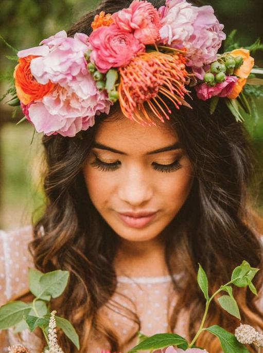 novias coronas de flores un paso mas