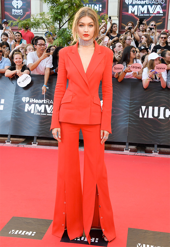 El look de Gigi Hadid que deslumbró en los Much Music Video Awards ELLE