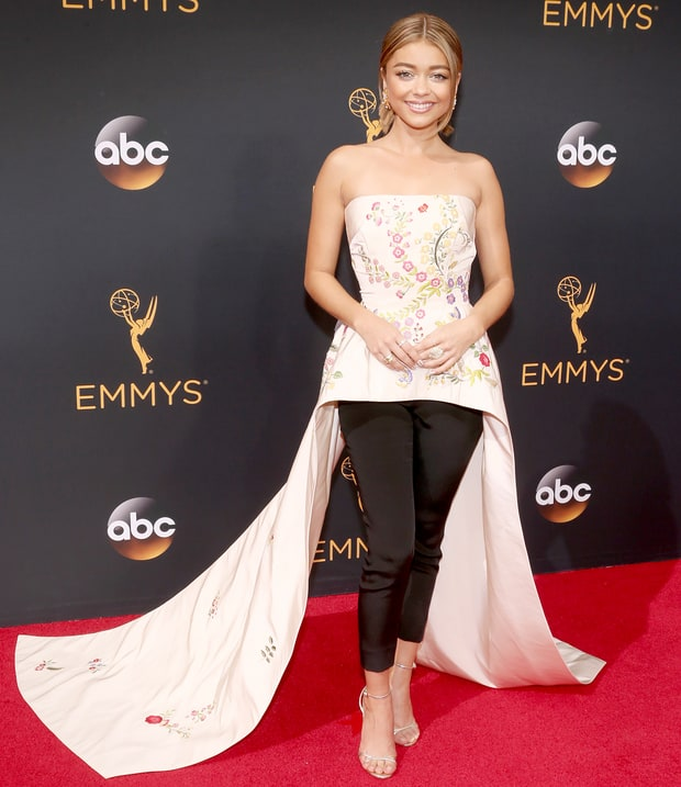 Sarah Hyland Wears Pants Underneath Her Floral Dress With an Exaggerated Train on the Emmys 2016 Red Carpet STYLISH BY US